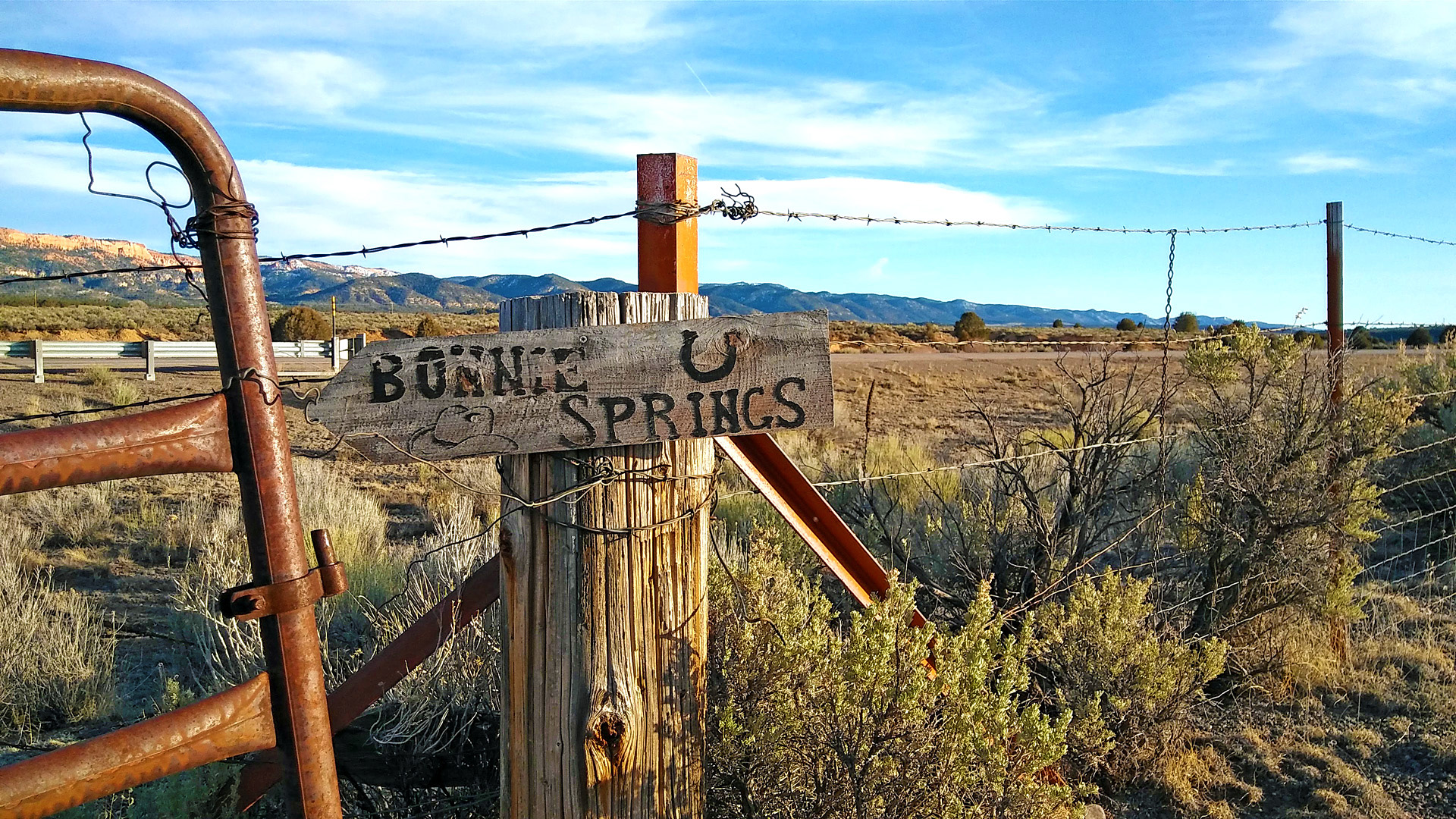 Bonnie Springs trail sign post to Sevier River tunnel.