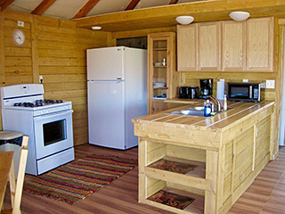 Bryce Canyon Deluxe Private Yurt - Kitchen