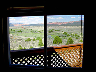 Bryce Canyon Deluxe Private Yurt - Window View