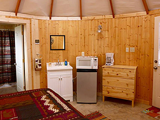 Bryce Canyon Private Studio Yurt - Kitchen