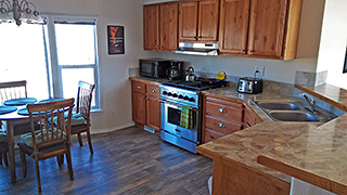 Bryce Canyon - Off Grid Cabin - Kitchen Cabinets