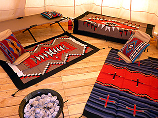 Running Deer TIPI near Bryce Canyon - Interior Rugs/Blankets