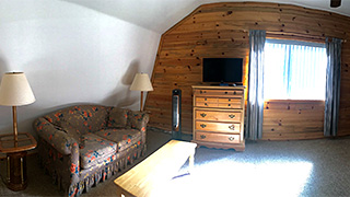 Zion - Bryce Midway 3-Story Hi-Tech Cabin - Queen Bedroom Sofa